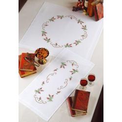 Duk med rosenknoppar
